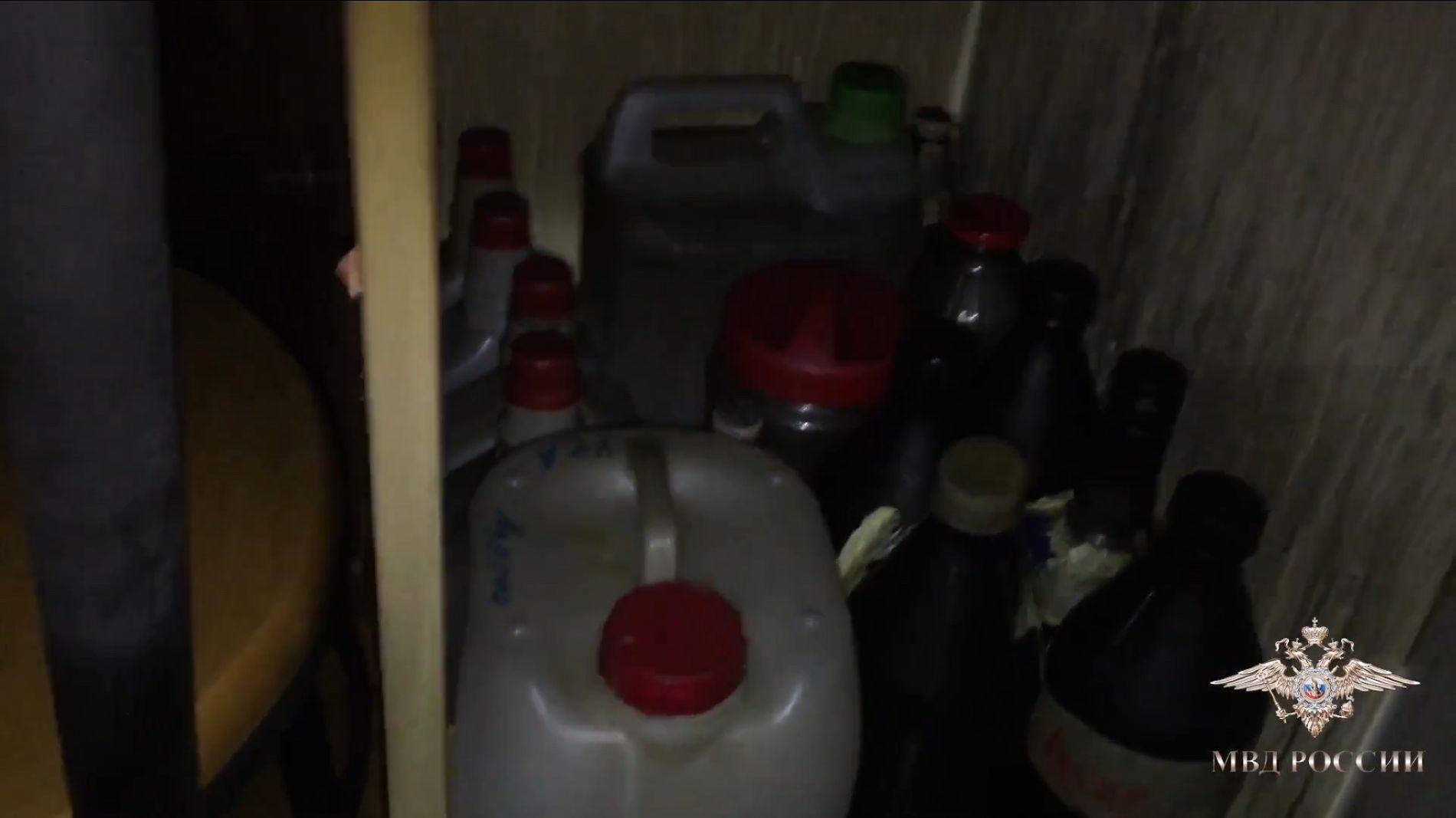 Милиция ликвидировала подпольную нарколабораторию впригороде Симферополя