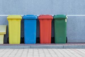 Контейнеры для раздельного сбора мусора ©Фото Pawel Czerwinski, unsplash.com