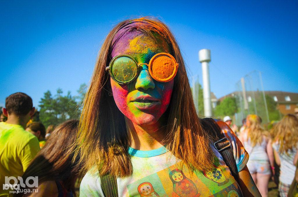 Праздник красок Холи ©Фото Юга.ру