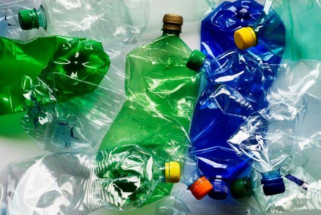 Саратовчанин попытался переплыть Керченский пролив наплоту изпластиковых бутылок