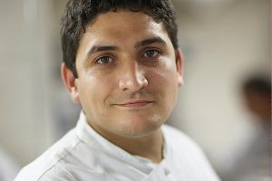 Мауро Колагреко, владелец и шеф-повар ресторанов Mirazur на Лазурном Берегу и Unico в Шанхае ©Фото предоставлено организаторами гастрономического фестиваля IKRA
