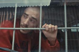 Дмитрий Кузнецов (Хаски) ©Кадр из клипа на песню «Скрепы» группы «Каста»