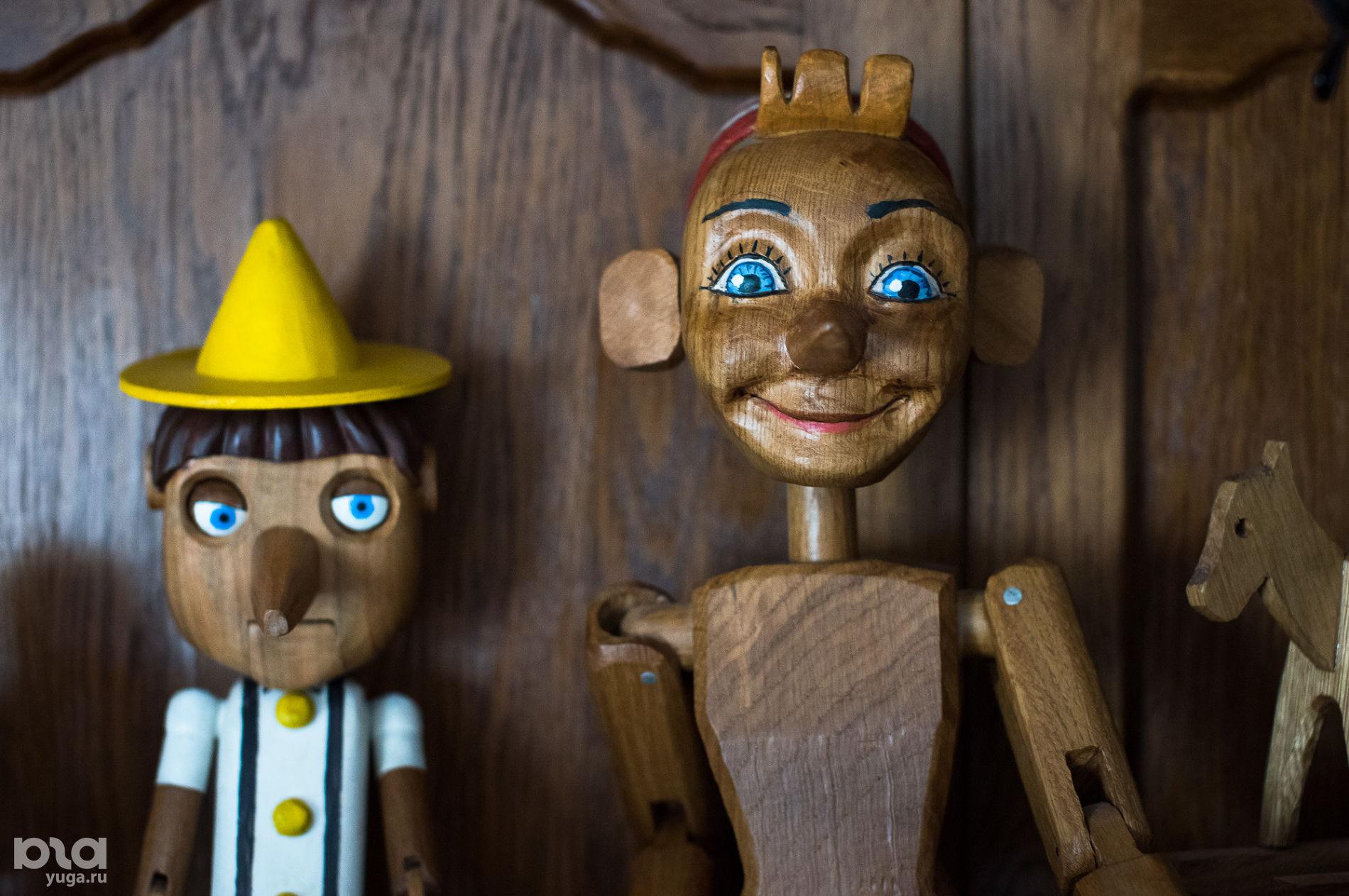 Пиноккио и Буратино ©Фото Елены Синеок, Юга.ру