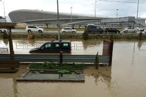 Наводнение в Сочи 25 июня 2015 года. Адлер, район Олимпийского парка ©http://www.blogsochi.ru