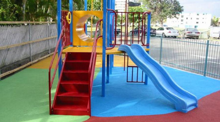 Детская площадка ©http://stroybloc.ru