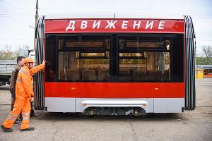 Новый трехсекционный трамвай «Витязь» ©Фото Елены Синеок, Юга.ру