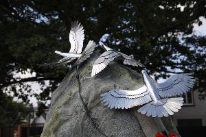 Памятник детям — узникам концлагерей в Усть-Лабинске ©Изображение пресс-службы фонда «Вольное Дело»