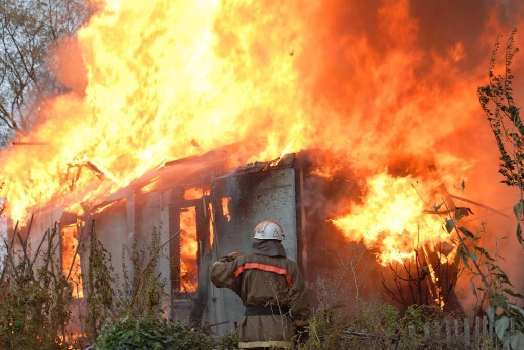 Трое детей погибли впожаре в личном доме наАлтае