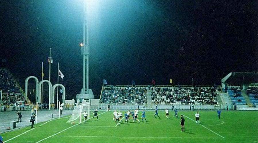2001 год. Матч «Черноморца» с «Валенсией» ©Фото sudzhuk.com
