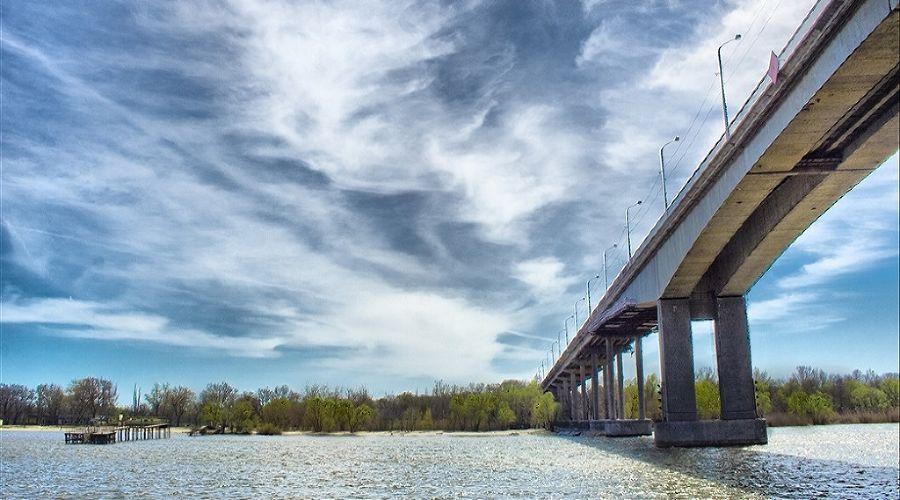 Ворошиловский мост в Ростове-на-Дону ©Фото с сайта architectureguru.ru