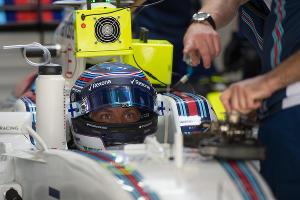 """Сессия свободных заездов на """"Формуле-1"""" в Сочи ©Артур Лебедев, ЮГА.ру"""