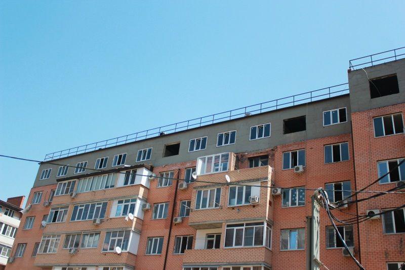 Всгоревший вМузыкальном микрорайоне дом начали возвращаться жильцы