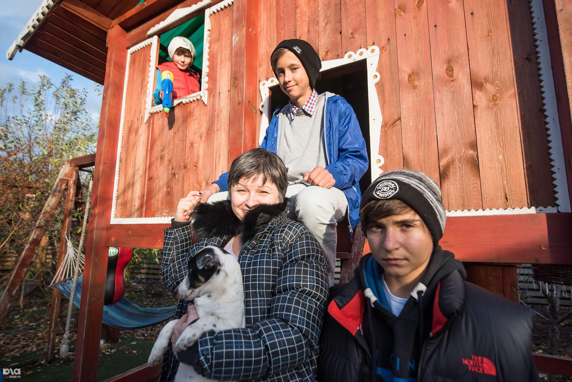 Лина Скворцова с детьми