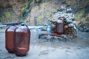 """Источник целебной воды """"Ауадхара"""" ©Елена Синеок, ЮГА.ру"""