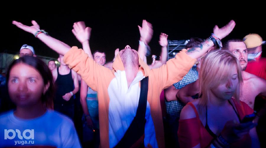 Первая секретная вечеринка на KUBANA-2014 ©Елена Синеок, ЮГА.ру