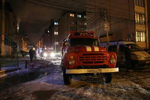 Пожар в самострое на улице Прокофьева в Краснодаре ©Фото Виталия Тимкива, Юга.ру