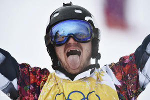 Николай Олюнин - серебряный призер Игр-2014 в сноуборд-кроссе ©РИА Новости