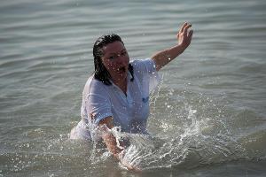 Крещенские купания в Сочи ©Нина Зотина, ЮГА.ру
