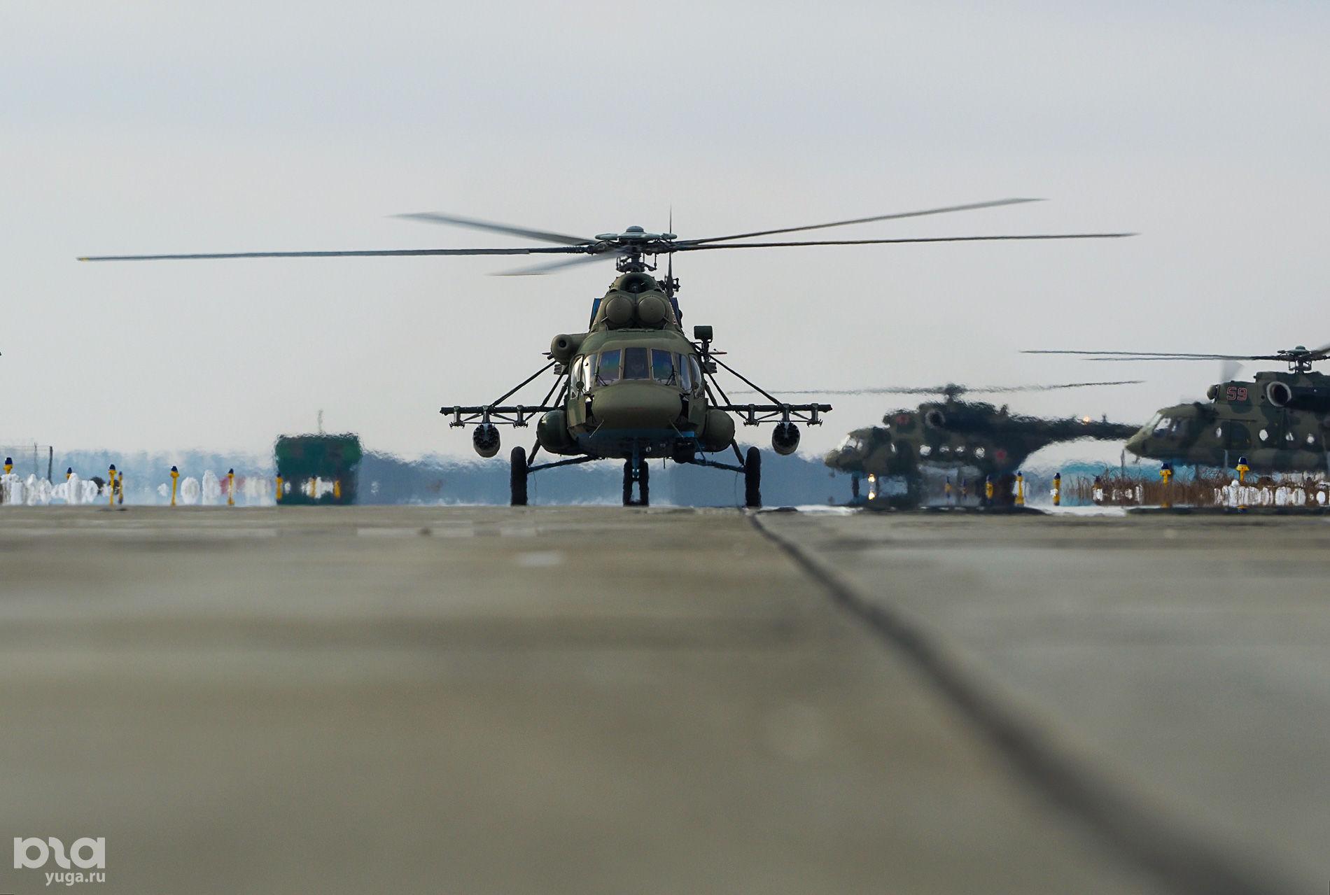 Вертолет Ми-8 ©Виталий Тимкив, Юга.ру