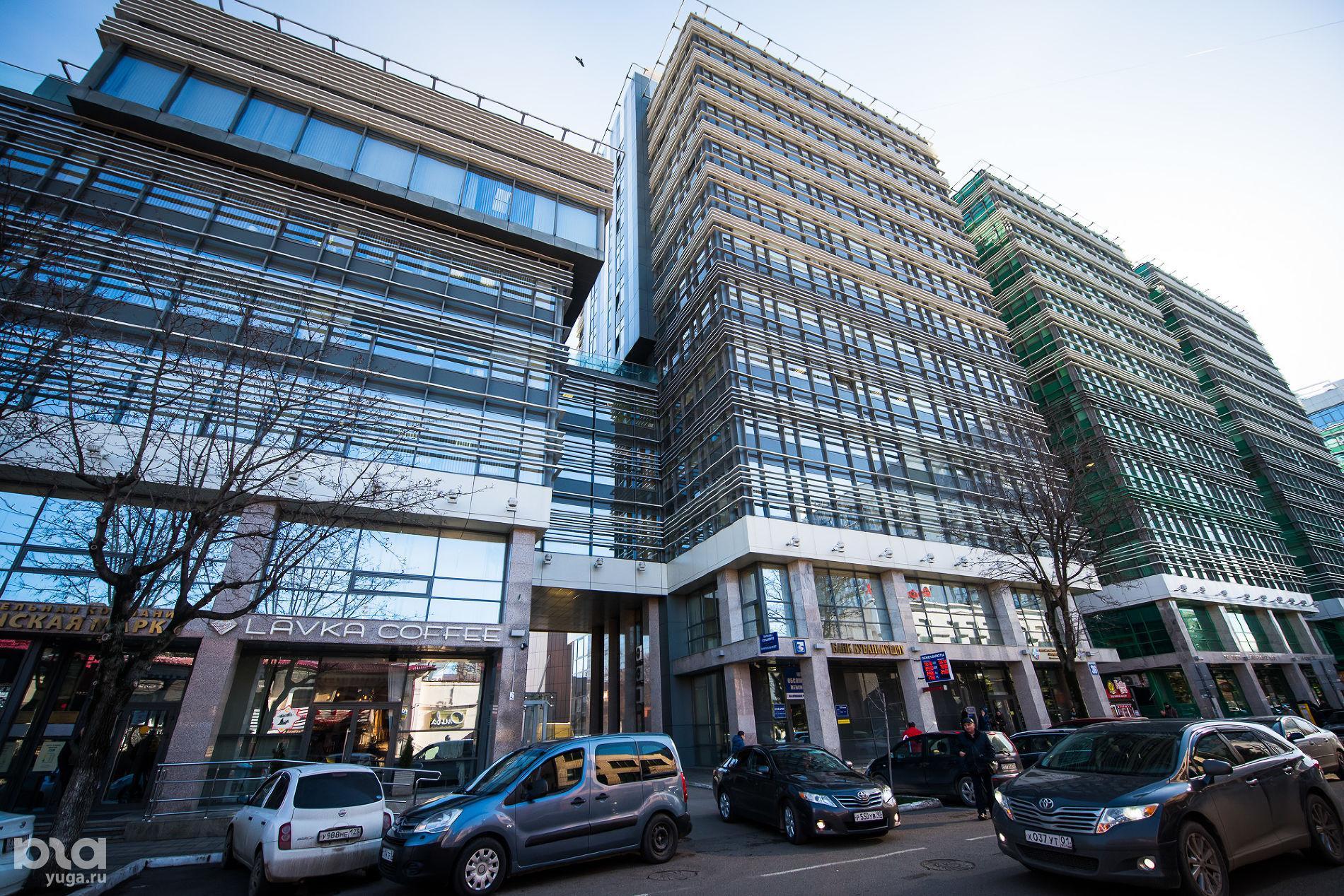Бизнес-комплекс на улице Красноармейской ©Фото Елены Синеок, Юга.ру