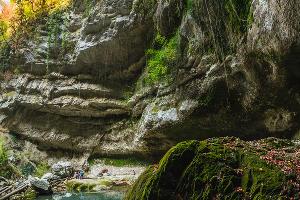 Водопад Пасть Дракона ©Фото Ильи Бунина на сайте wikimedia.org