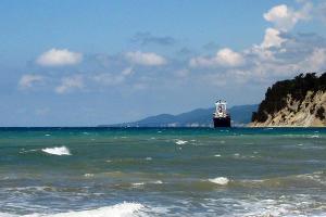Бухта Инал ©Фото с сайта wikimedia.org
