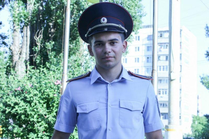 Курсант отдела Краснодарского университета МВД спас тонувшую женщину вГеленджике