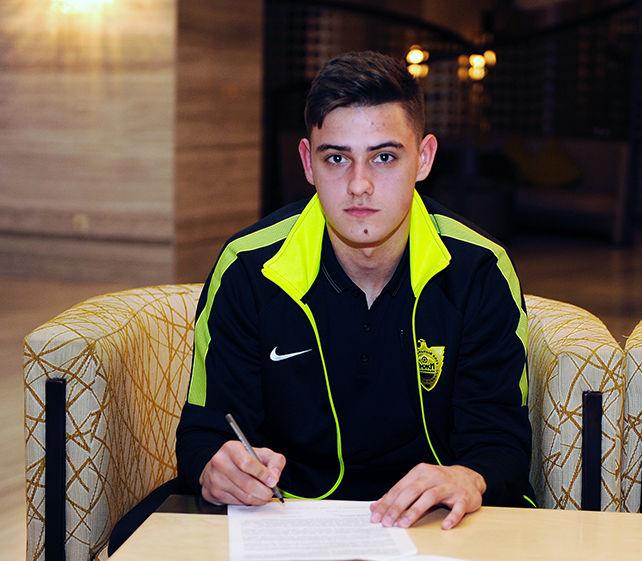 17-летний вратарь ЦСКА Герасимов подписал договор с«Анжи»