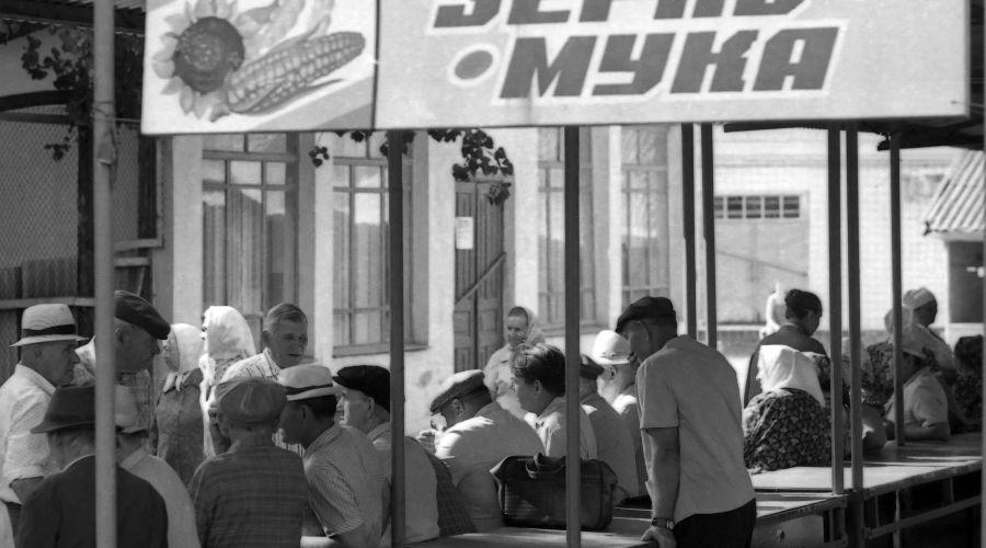 Пустые прилавки на Сенном рынке, Краснодар ©Фото Ивана Журавлева