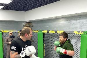 Александр Емельяненко и Рамзан Кадыров ©Фото со страницы Александра Емельяненко, instagram.com/alexemelyanenko