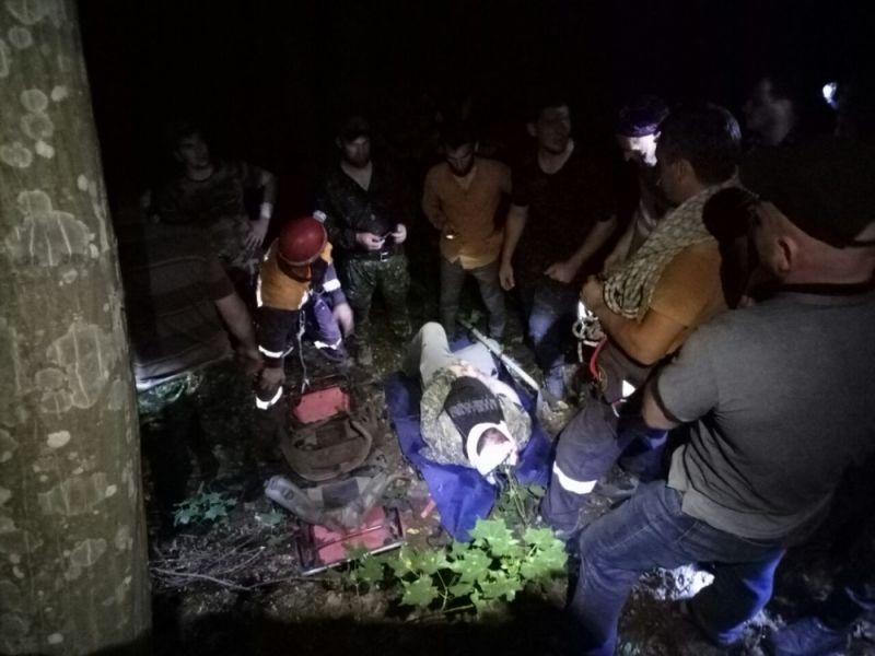 ВЧечне сотрудники МЧС спасли мужчину, упавшего в150-метровую пропасть