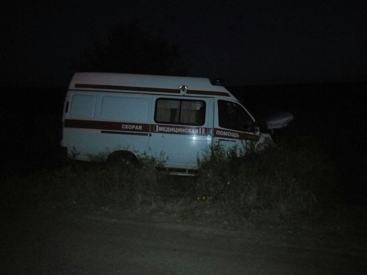 Натрассе «Светлоград— Будённовск» пострадал пассажир «Скорой» вДТП
