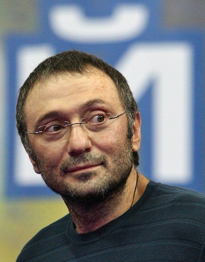 За24 часа власти Франции не пояснили задержание Сулеймана Керимова
