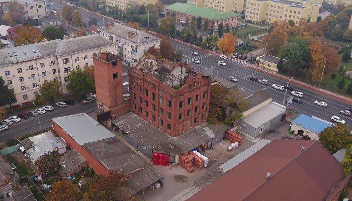 Как выглядит с воздуха старая мельница в центре Краснодара и можно ли вдохнуть в неё новую жизнь?