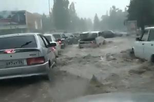 Ливень в Кисловодске ©Скриншот из видео со страницы instagram.com/alan_nations