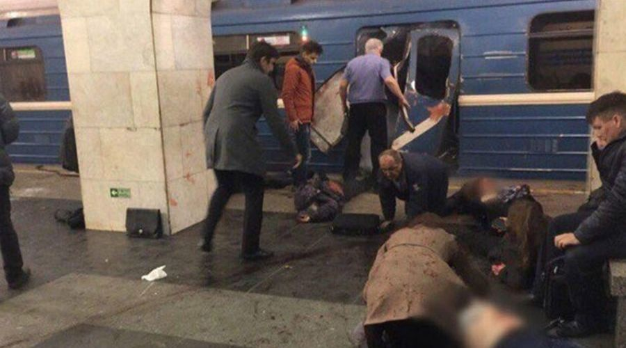 Взрыв в метро Санкт-Петербурга ©Фото со страницы twitter.com/ave_katerina