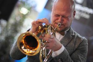 """В Краснодаре открылась выставка джазовой фотографии """"Свет джаза""""  ©Елена Синеок, ЮГА.ру"""
