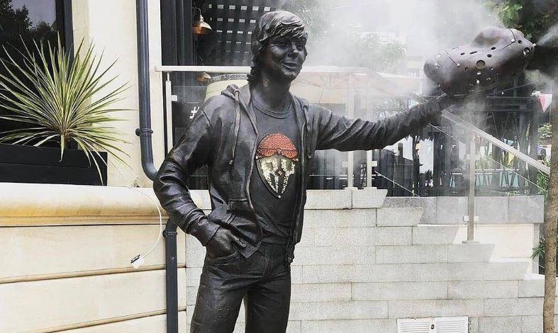 Статуя «Счастливчик» в Сочи ©Виталий Каледа для Юга.ру