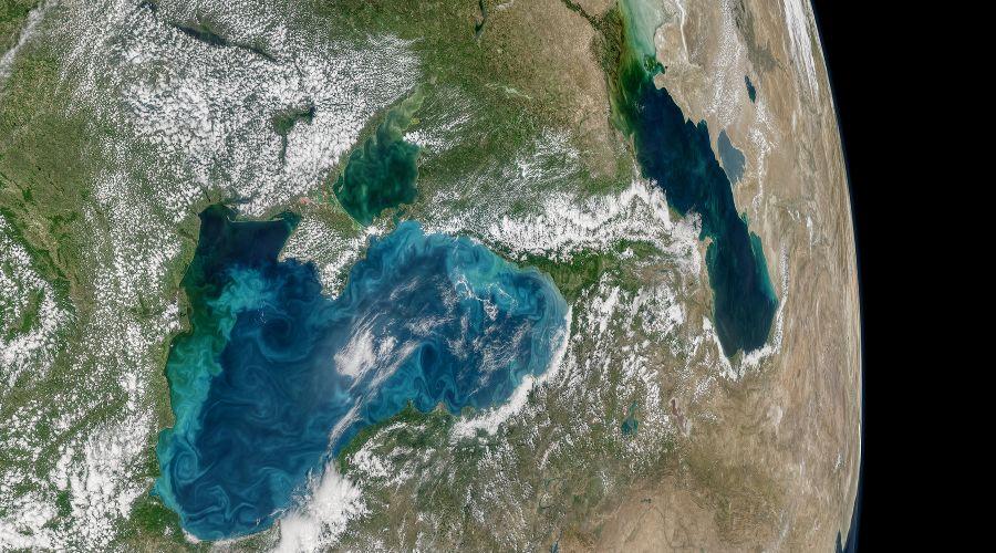 Черное море из космоса ©Фото с сайта nasa.gov