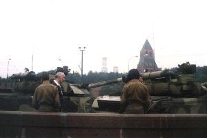 Танки во время переворота 1991 года ©Фото Almog, wikipedia.org (public domain)
