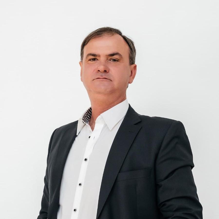 Валерий Пискарев