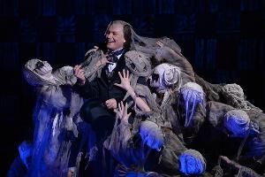 """Премьера лайт-оперы """"Гоголь. Чичиков. Души"""" ©Фото Юга.ру"""