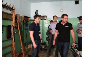 Дмитрий Носов (справа) в СИЗО ©Фото со страницы vk.com/nosovdy