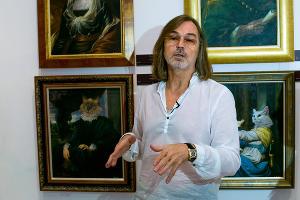 Выставка работ Никаса Сафронова в Краснодаре ©ЮГА.ру