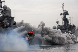 2011 год в фотографиях. В Новороссийске прошли масштабные учения ВМФ ©http://www.yuga.ru/photo/1069.html