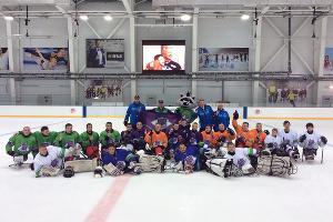 Молодежный тренировочный лагерь по следж-хоккею в Сочи ©Фото Юга.ру