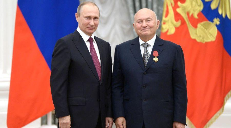 Владимир Путин и Юрий Лужков ©Фото с сайта президента России kremlin.ru