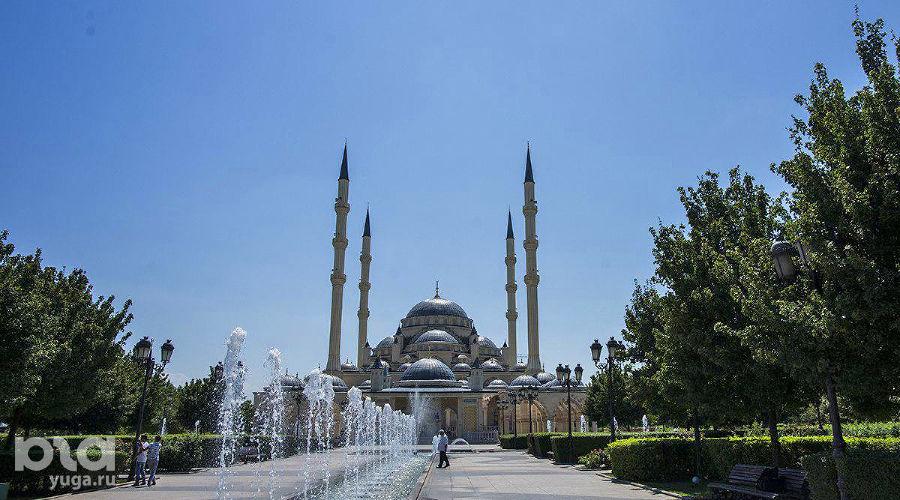 Город Грозный, мечеть «Сердце Чечни» ©Фото Евгения Мельченко, Юга.ру