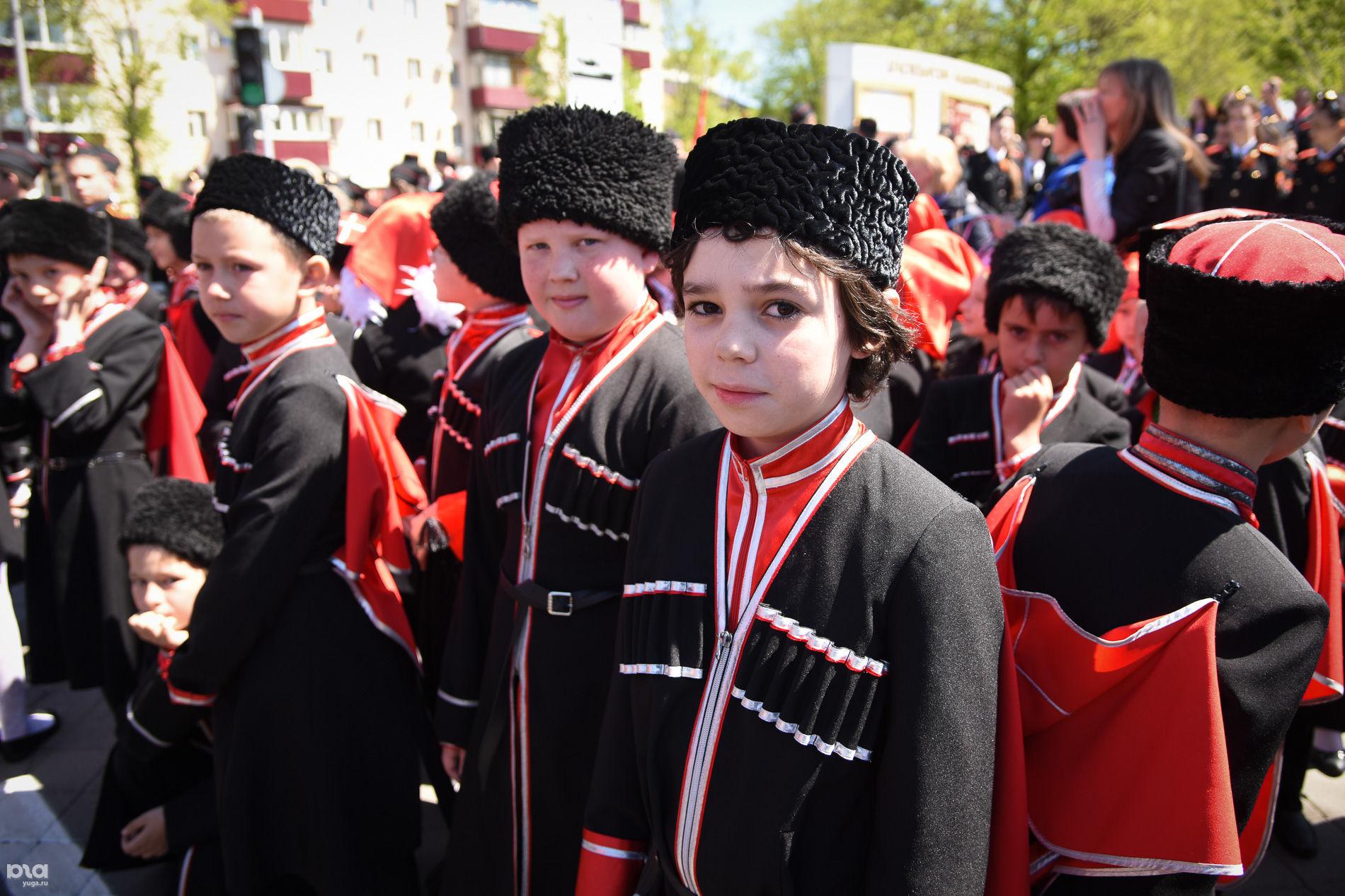©Парад казаков в Краснодаре Елена Синеок, ЮГА.ру