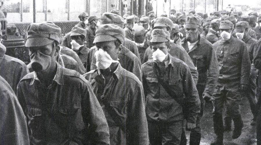 Ликвидаторы аварии на ЧАЭС ©Фото с сайта chernobylguide.com